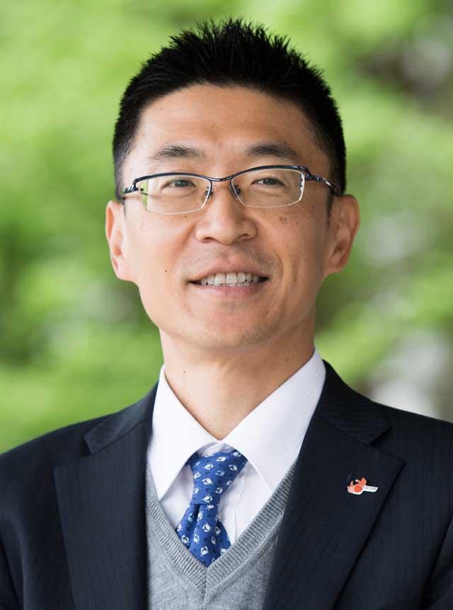 代表取締役社長 鳥取大学工学部教授 伊福 伸介